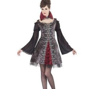 TWILIGHT VAMPIRESS Vampire Pirate costume Sz 8-10
